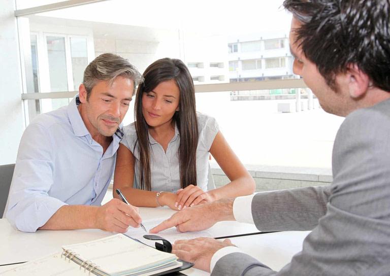 Брачный договор в сделках по недвижимости: нужно или нет